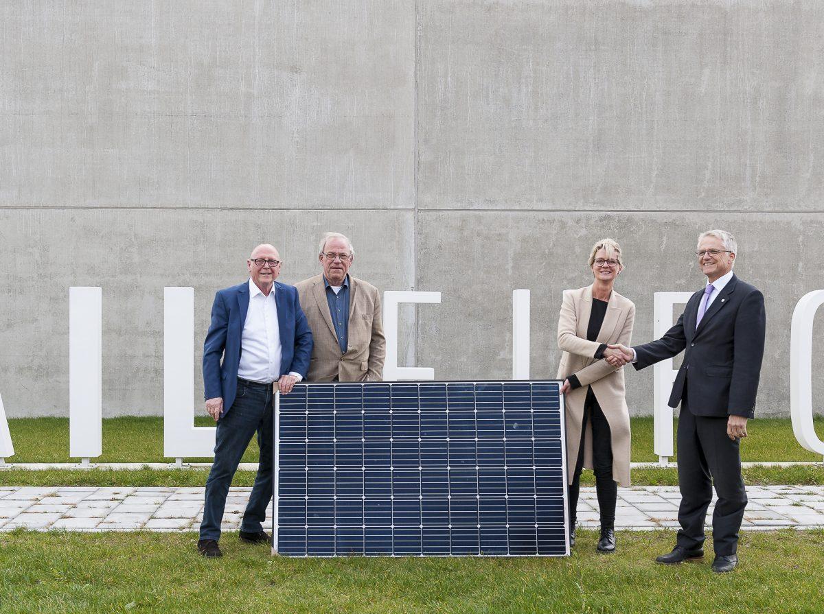 HAIL: eerste van 17.000 zonnepanelen op Boekelermeer